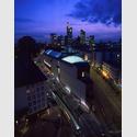 MMK1 Museum für Moderne Kunst bei Nacht. Foto: Axel Schneider.