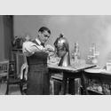 Rudolf Belling im Atelier, um 1925. © VG Bild-Kunst, Bonn 2017 / ullstein bild