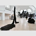 Ausstellungsansicht Kunst und Handwerk, Kestner Gesellschaft Hannover. Foto: Raimund Zakowski