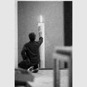 Gerhard Richter im Kölner Atelier, 1983. Foto: Benjamin Katz. Copyright VG Bild-Kunst Bonn 2017.